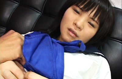 Nene Mukai Asian chick shows off her hot pussy