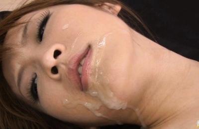 Yuzu Shiina Horny Asian beauty enjoys horny guys