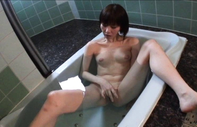 Junko Watanabe Japanese beauty likes fondling her pussy in the bathroom