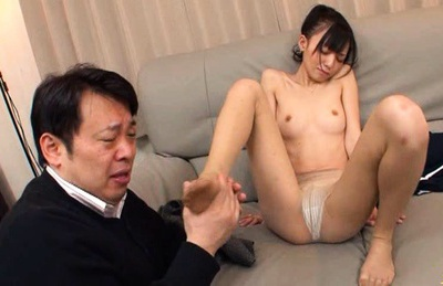 Aino Kishi Asian model gets her pussy spread wide