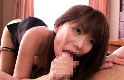 Hikari Hino loves the taste of cocks!