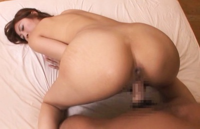 Horny Asian Reira Aisaki receives double pleasure