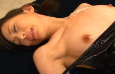 Shoko Mimura Asian model covers her hot body with oil