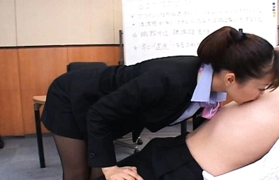 Yua Aida Hot Asian stewardess enjoys sucking cock