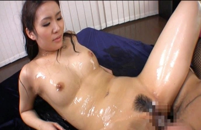 Rinka Aiuchi Lovely Asian model enjoys getting her pussy licked