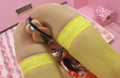 Lemon Mopmosaki Hot Asian model in stockings enjoys her big dildo