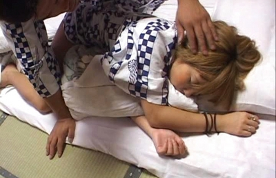 Japanese AV model gets a fucking missionary position